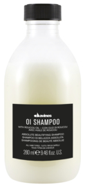 Oi box 2inhoud: oi shampoo 250 ml oi hairbutter 250 ml gratis Oi oil 50 ml