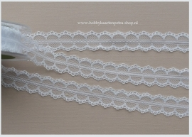 Artikel K1058 White Lace Polyester 25mm