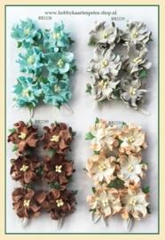 Paper Flowers Blue RB2228