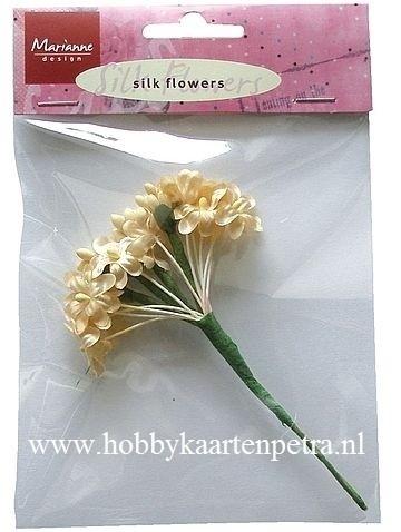 Silk flowers off white JU0852