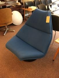Vintage design Artifort F584 lounge chair