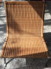 Vintage design original PK22 Poul Kjaerholm chairs produced by Kold Christensen