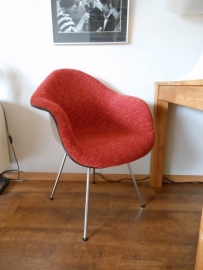 Herman Miller Eames fiberglass DAX chair 6