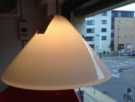 Vintage design kunststof cone lamp