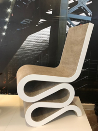 Design Frank Gehry Wiggle chair