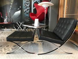 Original design Alivar Barcelona chair plus hocker Italy