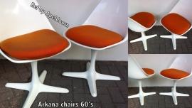 Vier Arkana jaren 60 stoelen/Four Arkana 1960 chairs