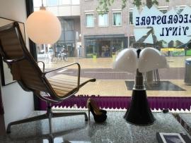 Vintage Pipistrello lamp van Gae Aulenti for Martinelli luce