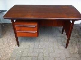 Jaren 60 vintage Louis van Teeffelen bureau, Louis van Teeffelen desk 60`s SOLD