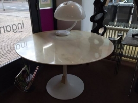 Original Eero Saarinen Knoll International tulip table  with carrara marble top
