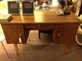Retro vintage teak houten bureau/ teak wooden desk 1960