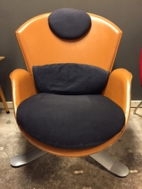 Matteo Grassi design Ypsillon lounge chair design Pelikan