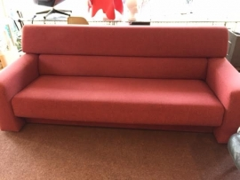 Design Gelderland 410 sofa designed by Jan de Bouvrie