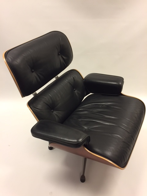 Excellent Vintage Design Eames Lounge Chair Vitra Summersale Sold Gamerscity Chair Design For Home Gamerscityorg