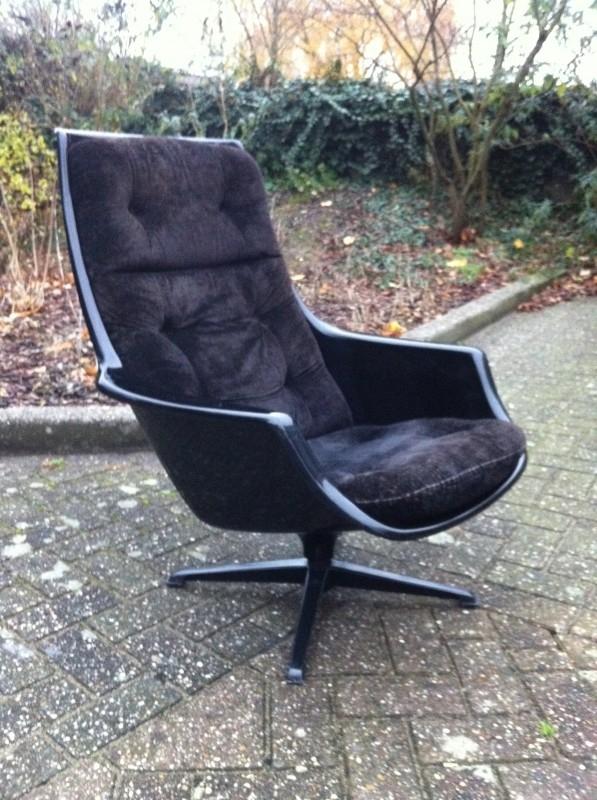 Zeldzame zwarte vintage Robin Day space age chair jaren 60