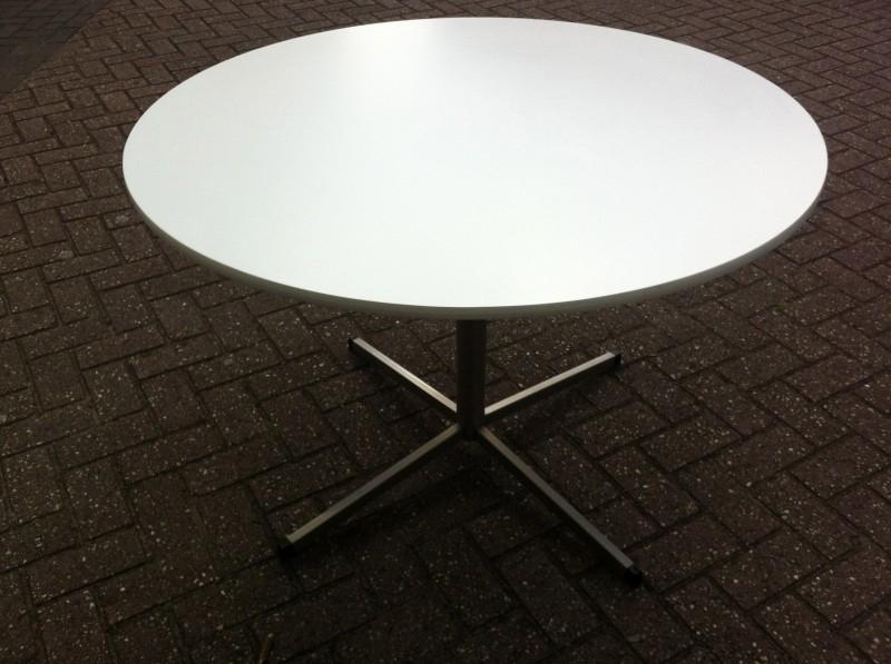 Fraaie jaren 60 Arne Jacobsen eettafel / Arne Jacobsen dining table 60`s SOLD