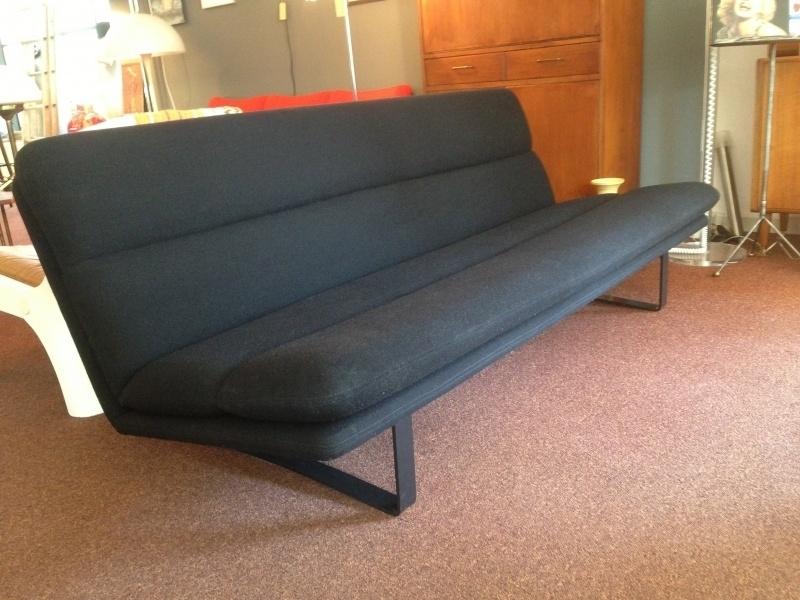 Retro vintage Artifort Kho Liang le sofa