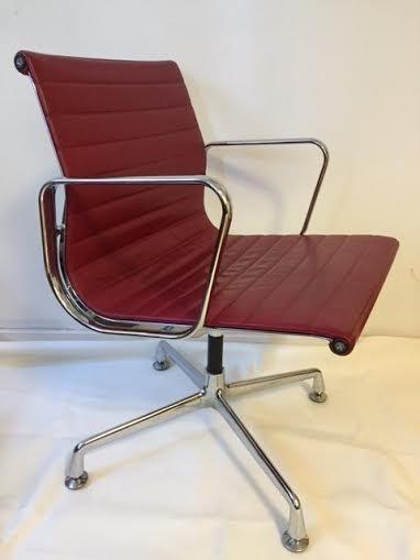 Vintage design EA108 Vitra desk chair leather