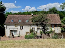 Bourgogne | Semur-en-Brionnais | Gerenoveerde fermette | € 214.000,--