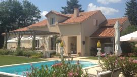 Dordogne | Charente | Villa met zwembad | € 330.000,--
