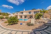 Budens | Amazing Villa | met zwembad |  € 775.000,--