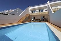 Algarve | Praia da Luz | Villa met 4 slaapkamers | € 715.000,--