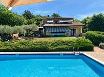 Lago Trasimeno | Villa op een van de beste locaties |  € 800.000,--