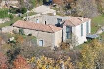 Ardèche | Albon d'Ardèche | versterkte boerderij | € 610.000,--