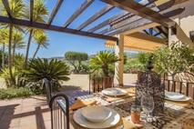 Viñuela | Landelijke villa met zicht op het meer  |    € 595.000,--