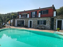 Liguria | Mooie villa met zwembad | € 1.295.000