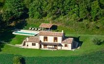 Todi-Orvieto | Natuurstenen landhuis met zwembad | € 350.000