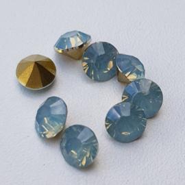 SS29 Light Sapphire Blue Opal