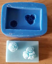 Blokje met 2 roosjes