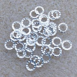 Gekarteld Ringetje - Zilver
