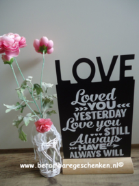 "Tekstbord ""Loved"""