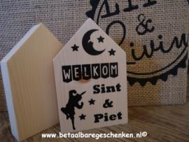 Houten huisje Sint & Piet
