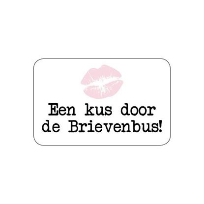 "Sticker ""Een kus door de Brievenbus"""
