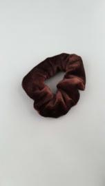 Scrunchie bruin velour