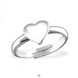 Zilveren kinder ringetje 'hartje'