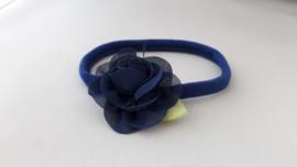 Baby haarbandje met blauwe roos