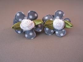 Baby elastiekje bloem/roosje 'grijs'