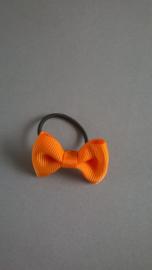 Klein elastiekje met strikje 'oranje'