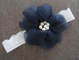 Haarbandje van kant met bloem 'blauw'