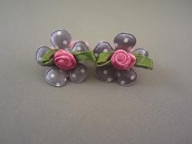 Baby elastiekje roze met grijze bloem/roosje