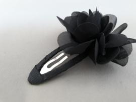 Haarspeldje met chiffon bloem (zwart)