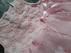 Baby jurkje 'roze' tule (incl haarbandje)