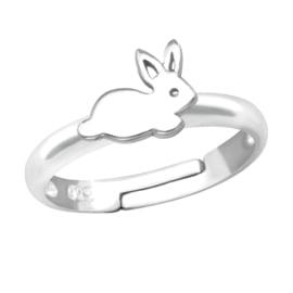 Zilveren kinder ringetje  'konijntje'
