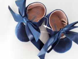 Baby schoentjes (blauw fluweel)