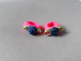 Baby elastiekje met roosje (roze/blauw)