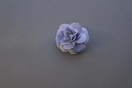 Grijze bloem/parel